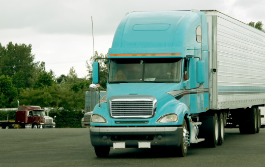 Types of Road Hazards Truckers Should Look Out For