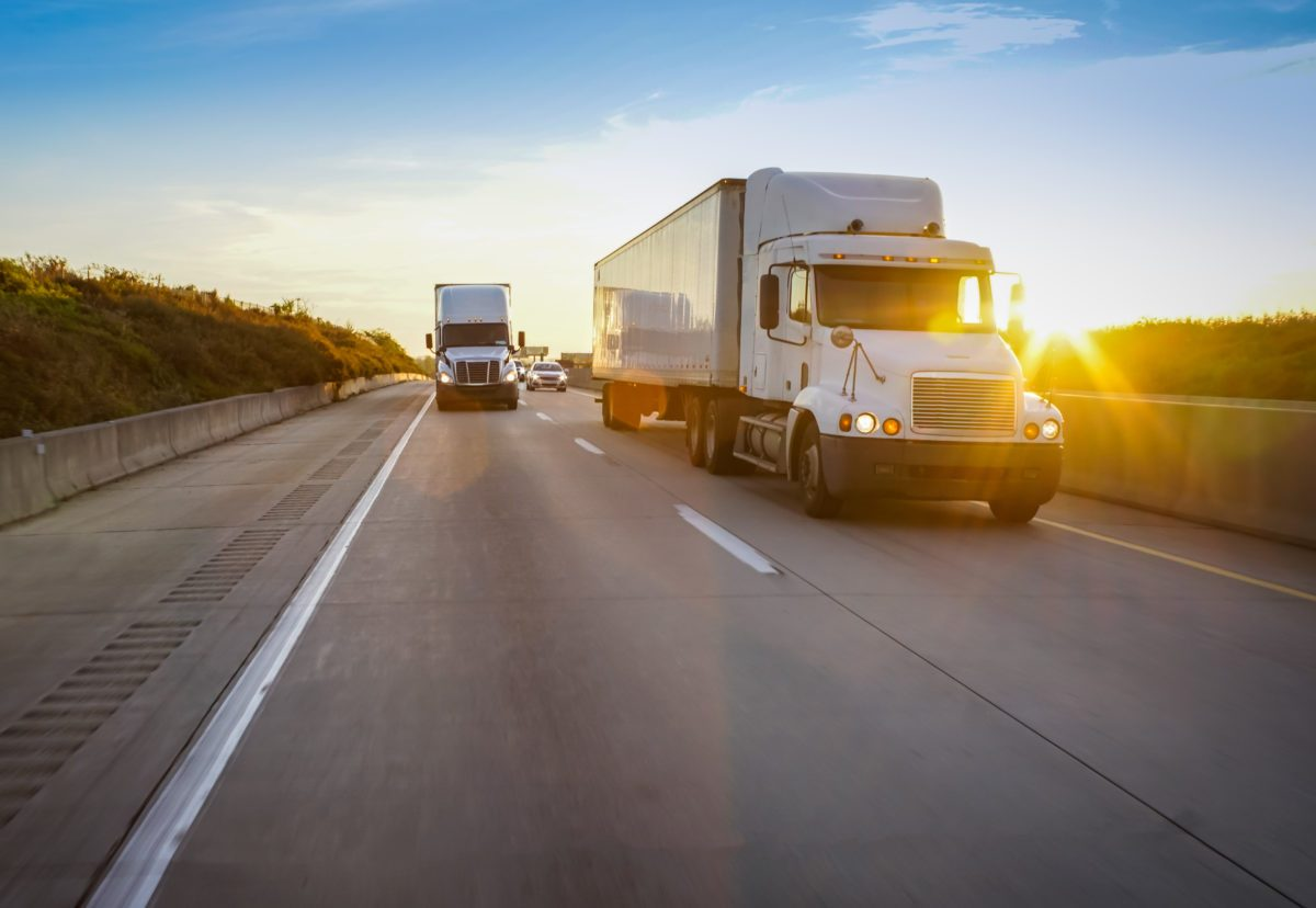 Preparing Yourself for Your First Long-Haul Trucking Job